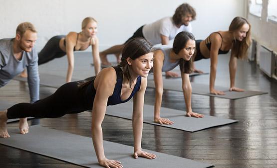 Yoga renforcement musculaire Lyon 6
